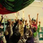 Aladin ja työryhmä: Tanssiva Satuhetki tanssiteatteri Hurjaruuthin sirkusolohuoneessa Kontulan kirjastolla 2018. Kuvassa: Tanja Illukka ja Pauliina Aladin Kuva: Pisko Aunola